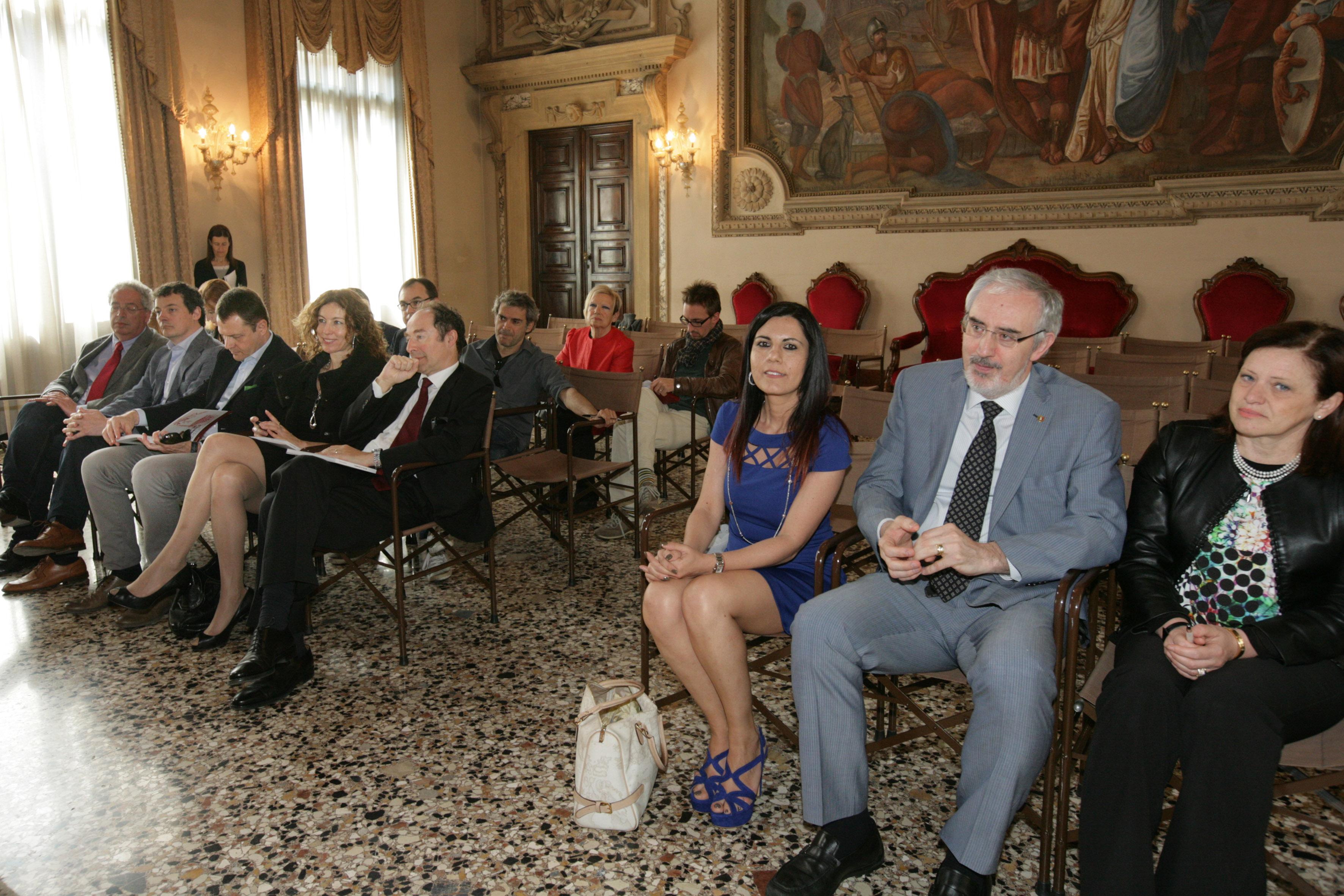 Basilica palladiana monumento nazionale consegnati gli for Camera deputati centralino