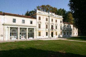 Comune Di Vicenza Orari Villa Tacchi